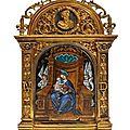 Baiser de paix en <b>émail</b> <b>peint</b> <b>polychrome</b> représentant la Vierge à l'Enfant, attribué à Pierre Reymond (1513-1584), Limoges, XVIè