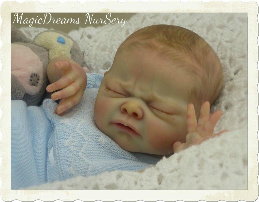 Emmanuel, doll kit Nina d'Adrie Stoete