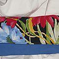 Portefeuille fleur bleu et rouge