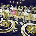 Ma table du nouvel <b>an</b> en noir et or (et des idées pour parfaire la fête)