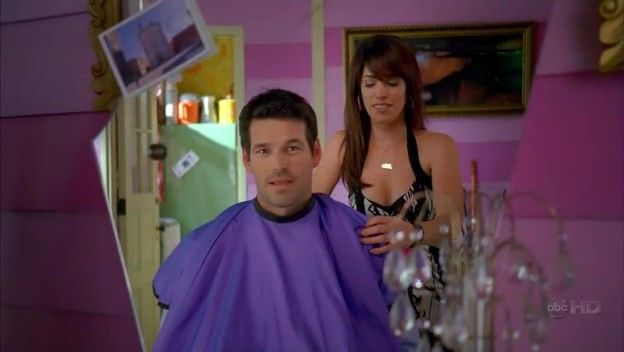 Ugly Betty - 2x16 - Betty's Baby Bump 27