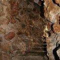 L'escalier qui remonte de la grotte de Marie Antoinette