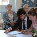 Laurence et Bertrand (mes témoins) hésitent à signer les fafs