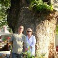 Nous deux et l'arbre aux voeux du bonheur !