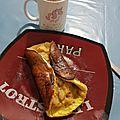 Omelette sucrée et sa compote pomme /kiwi