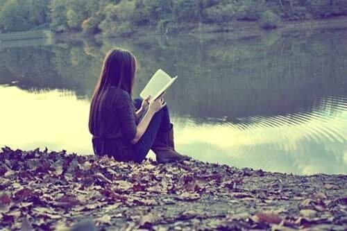 book-girl-love-reading-Favim