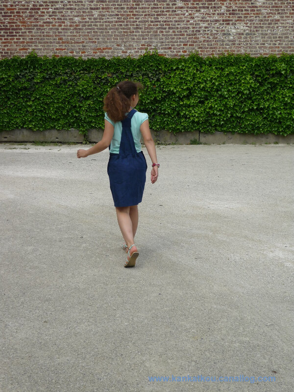P1370932 robe salopette en jeans