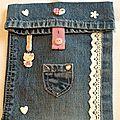 Pochette jeans range-tout: version girly cette fois-ci!