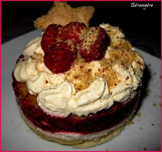 Dacquoise aux framboises Thermomix
