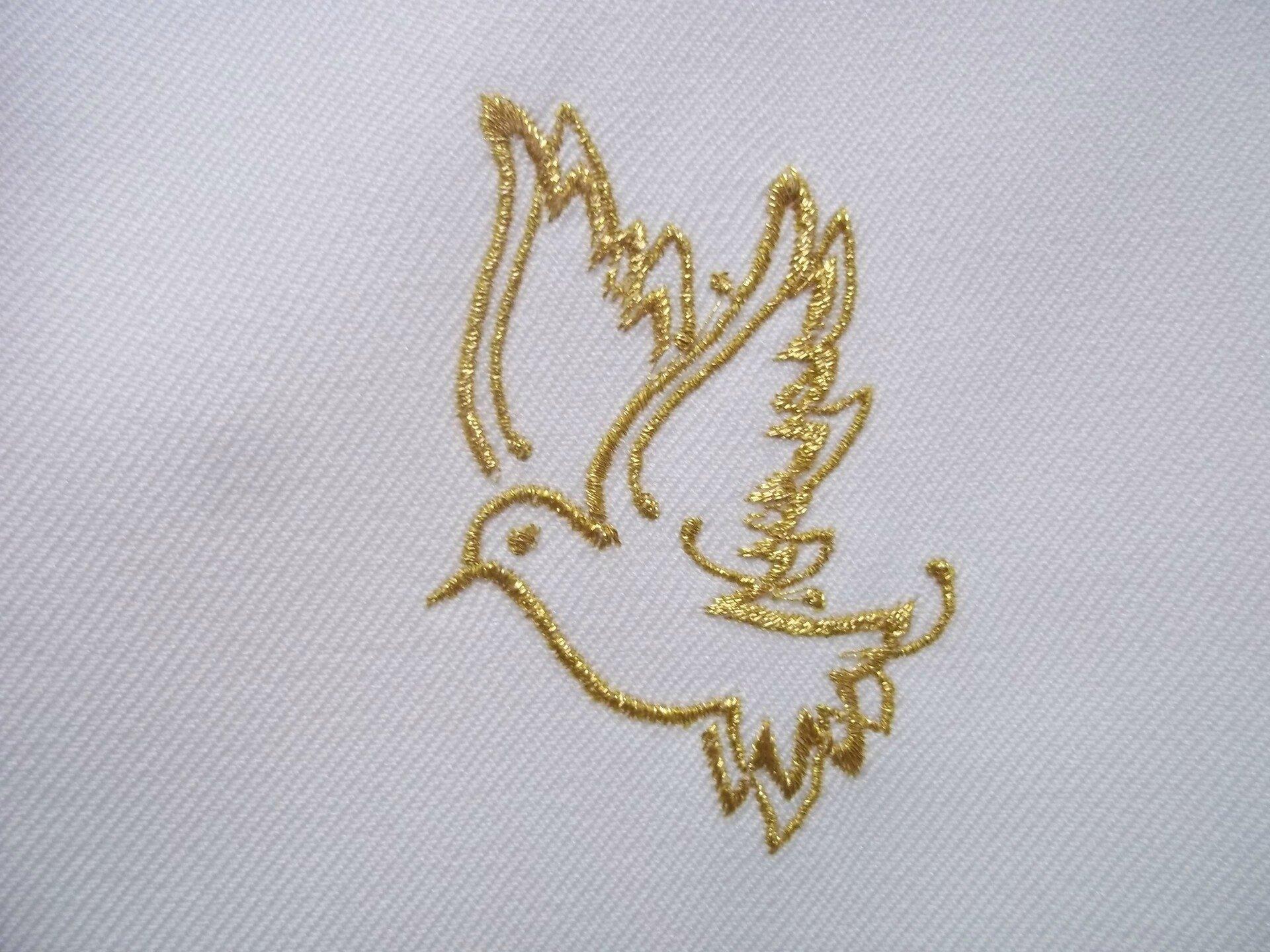 Colombe dorée, echarpe, étole baptême, linge blanc personnalisé par broderie par amd a coudre