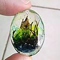 Monde miniature imaginaire en résine uv /bijoux en résine