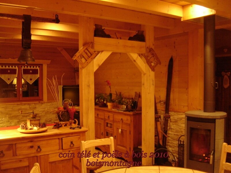 int rieur chalet 110 1 photo de chalet poteaux poutres int rieur bois et montagne. Black Bedroom Furniture Sets. Home Design Ideas