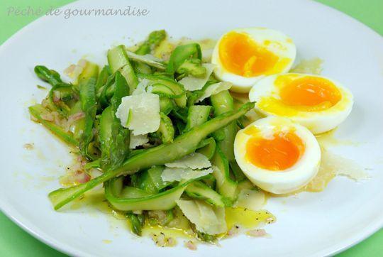 Tagliatelles d 39 asperges vertes oeufs mollets et parmesan - Cuisiner des asperges fraiches ...