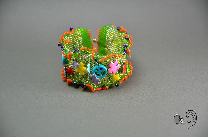 bracelet hippies