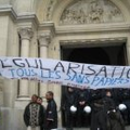 2006 - Occupation eglise du Parvis de St Gilles