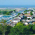 Les avantages d'une <b>piscine</b> en coque de polyester en Gironde