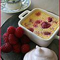 Café gourmand avec une crème oncteuse aux framboises