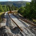 Pose de voie au passage à niveau entre Chasseradès et Puylaurent