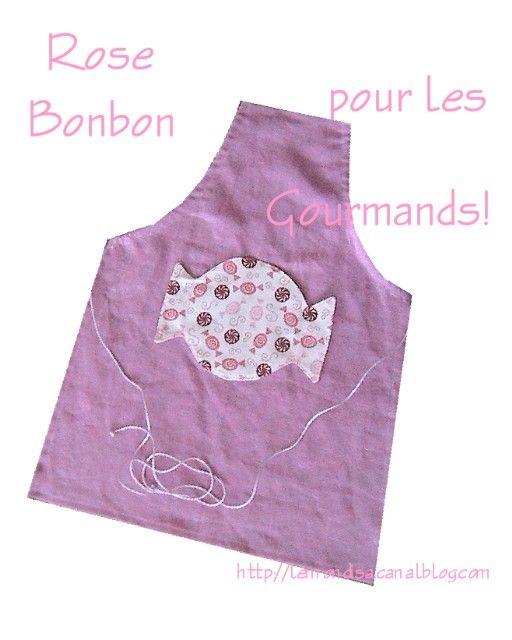 tablier enfant rose poche bonbon 51cm