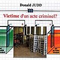 Donald JUDD ou une <b>approche</b> <b>critique</b> et <b>absurde</b> par <b>AooA</b>