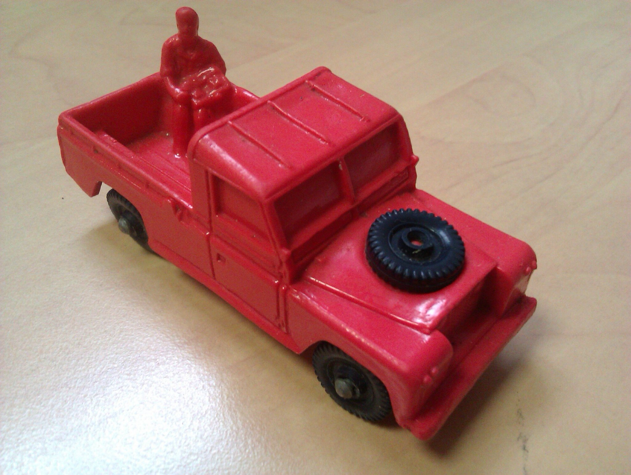 23_Land Rover Pick-up_02