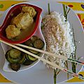 A vos baguettes: boulettes de volaille au curry, riz basmati et courgettes...