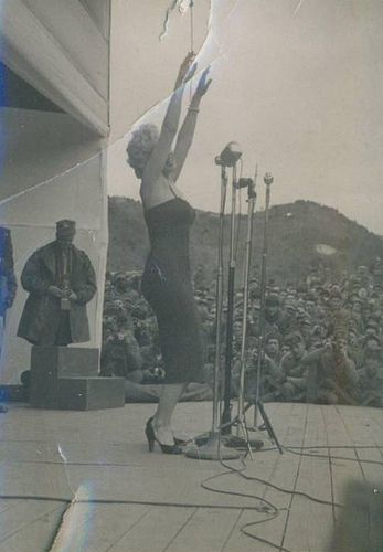 1954-02-17-stage_out-020-1