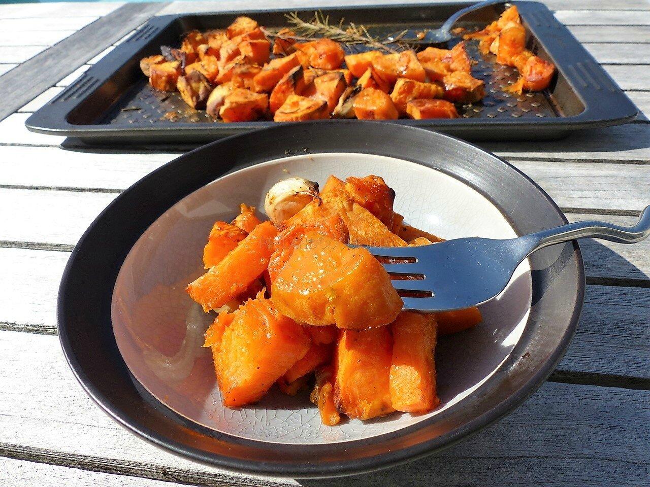Patates douces confites au four