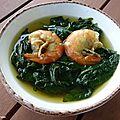 Soupe de brèdes morelles aux crevettes