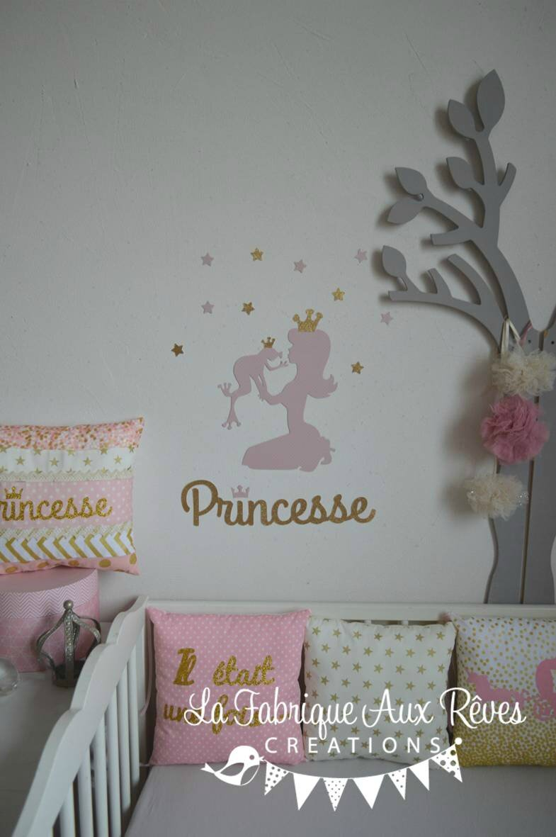 stickers princesse grenouille rose dor d coration chambre b b princesse rose dor photo de. Black Bedroom Furniture Sets. Home Design Ideas