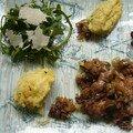 Foies de volailles au confit d'oignons et raisins, écrasé de pommes de terre à la ciboulette