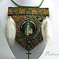 Un collier pas très orthodoxe, quoi que...