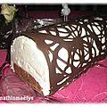 Bûche poire chocolat et sa dentelle de chocolat