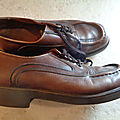 C622 : Chaussures cuir 70's P.44