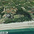 il écrit FREE sur la plage d'OMAHA BEACH