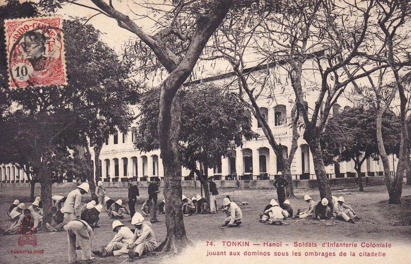 Tonkin, Hanoï, inf coloniale, dominos