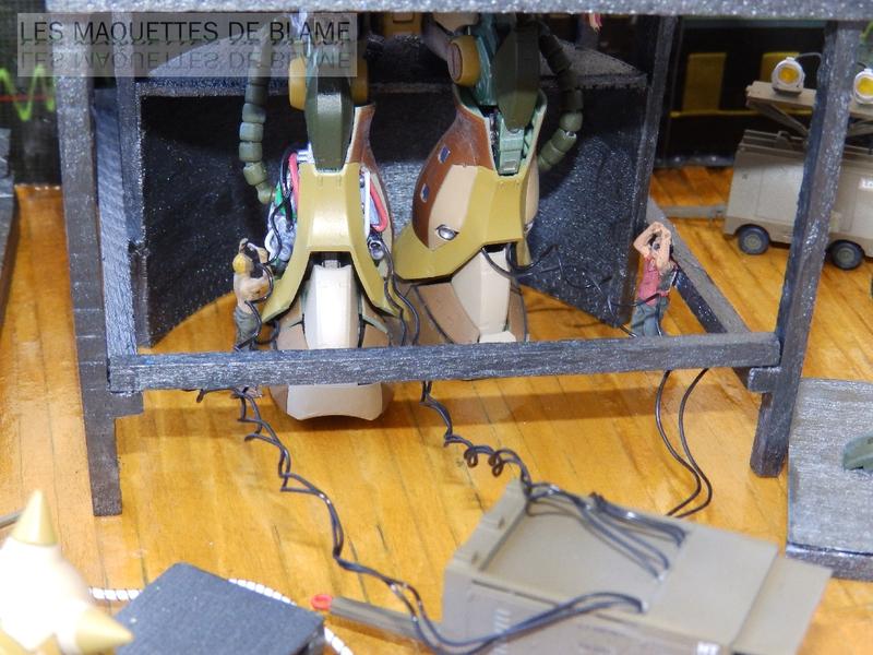 Diorama 1960 PROJET VENGEANCE - En cours de montage, décoration Blame Custom - Bandaï MS-06F ZAKUII 1/144  et Hasegawa US Aerospace ground equipment set 1/72 - Page 2 119834304