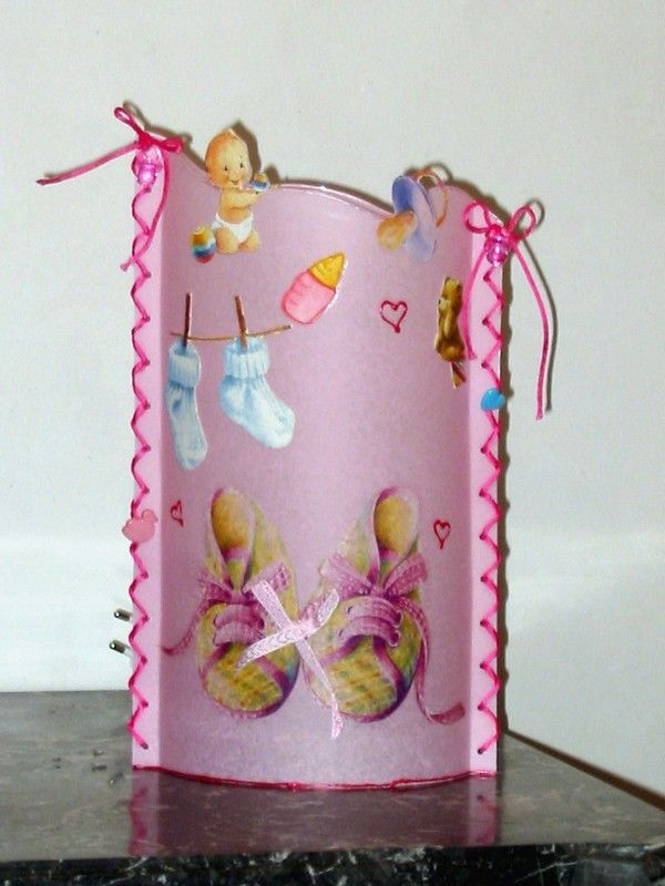 lampe chaussons roses
