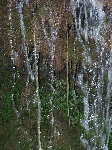 Monastère de Piedra-eau ruissellant