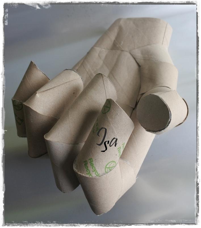 Hand cardboard 2