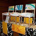 Stand louvre chaises en exposition
