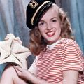 1945 Sailor Girl par <b>Bruno</b> <b>Bernard</b>