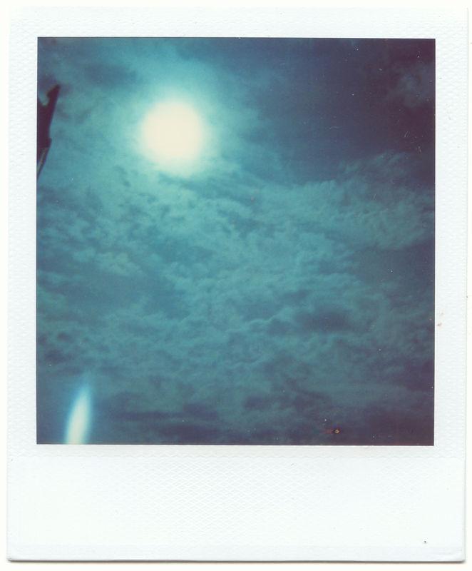 le ciel est bleu