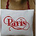 Paris brodé par Cath78, coussinet lavande