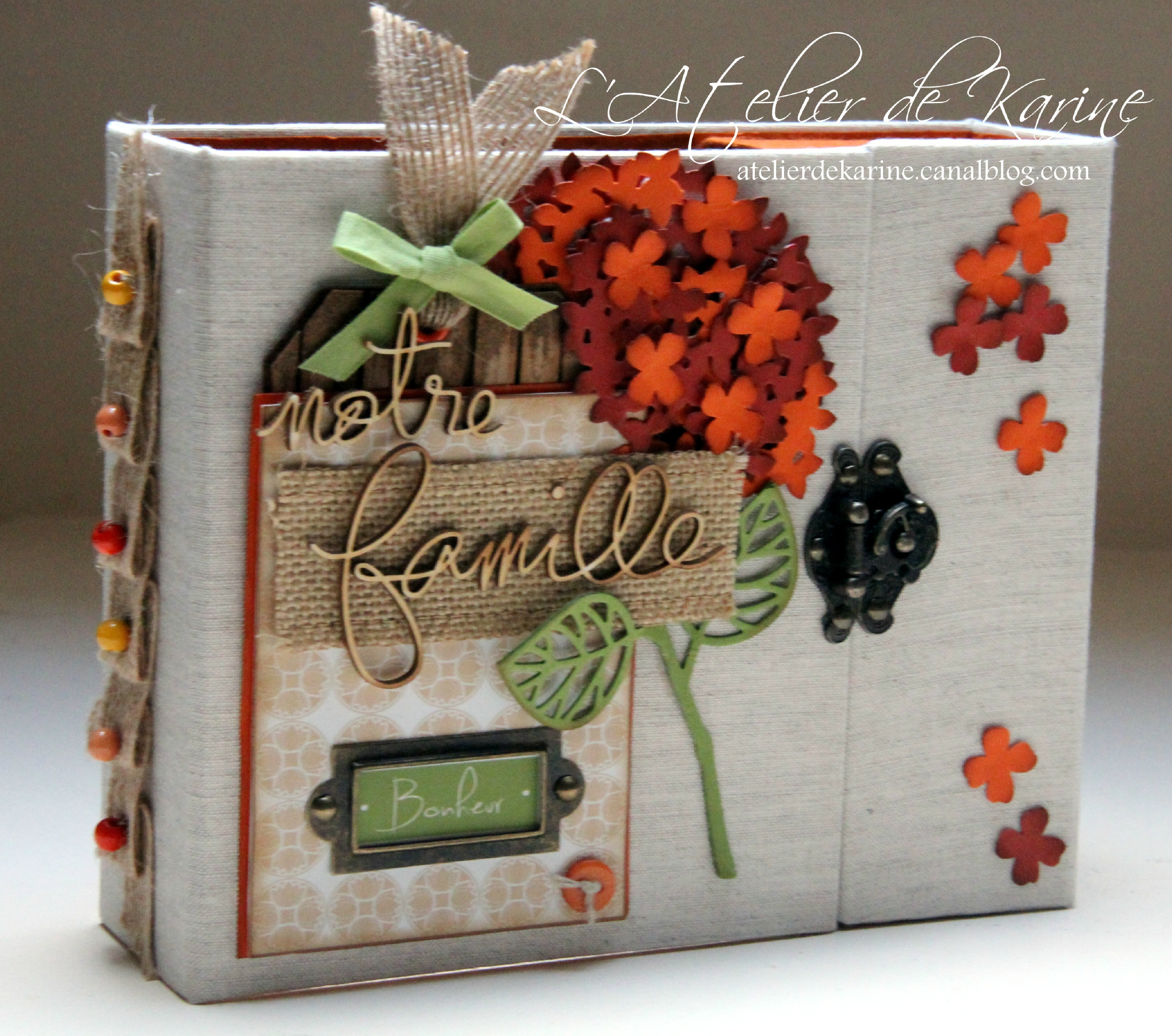 Mini Album et son coffret - Pure Lorelaïl Design 3