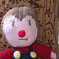 Un tchoupi tout en laine pour faire le plein de câlin!