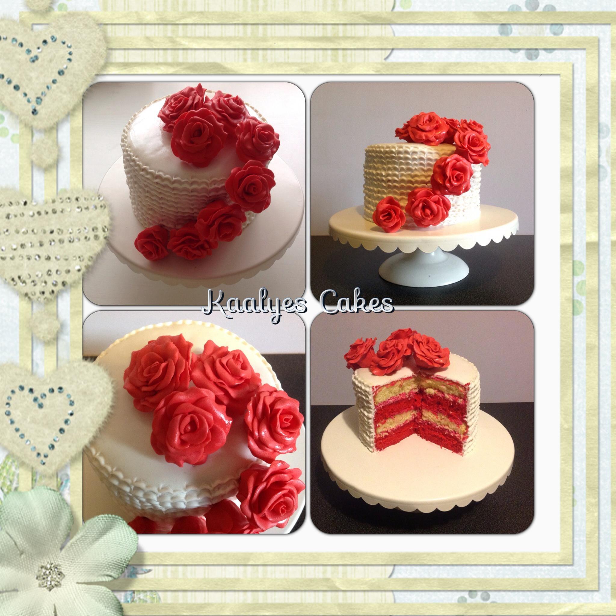 Gâteau romantique roses rouges