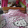 Relooking de lit : masking tape et tête de lit tissu
