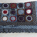Jeté de canapé ou plaid Paris au crochet / Blanket, <b>Granny</b> Paris square