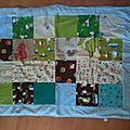 Deux couvertures patchwork doublées polaire